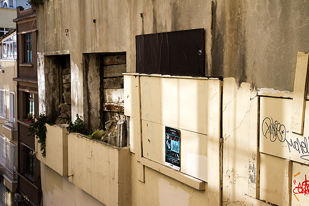 Retro-Wall-Istanbul
